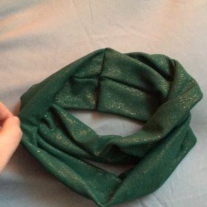 Anthropologie Accessories - Emerald Shine 💚 Turban Style Headband